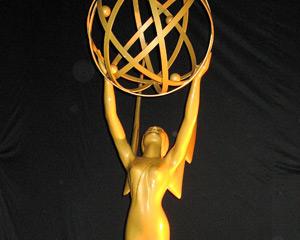 Emmys_Statue_300