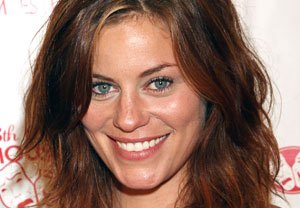 Once Upon a Time Casts Cassidy Freeman
