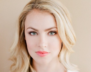 Suits Season 2 -- Amanda Schull Guest-Stars