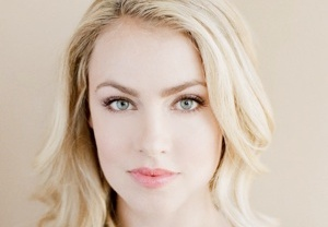 Suits Season 2 -- Amanda Schull Guest-Stars