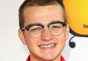 Angus T. Jones Apologizes for Two and a Half Men Rant