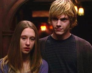 Taissa Farmiga, Evan Peters: American Horror Story