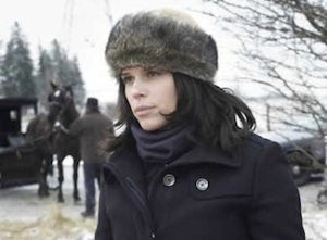 Neve Campbell in An Amish Murder