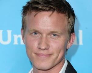 White Collar Cast Warren Kole