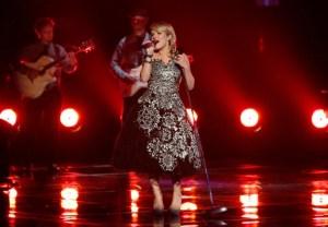 Amber Carrington The Voice - Season 4