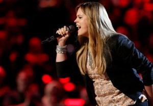 Holly Tucker The Voice - Season 4