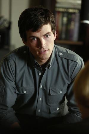 Pretty Little Liars Ezra A