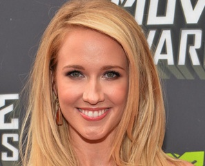 anna camp how i met your mother