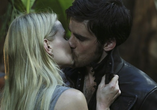 Once Upon a Time Emma Hook Kiss Spoilers