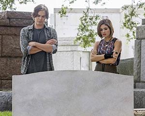 ravenswood-series-premiere