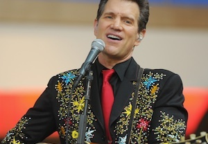 Hot in Cleveland Season 5 Cast Chris Isaak