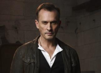 'Arrow' Season 2 — Robert Knepper Cast as 'Clock King ...