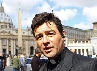 Kyle Chandler The Vatican Dead