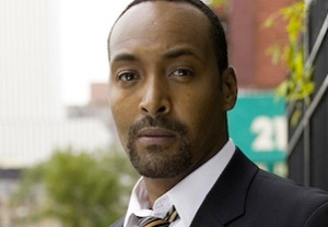 Jesse L. Martin The Flash Pilot Cast The CW