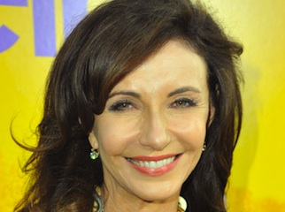 justified-mary-steenburgen