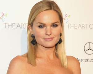 Sunny Mabrey Once Upon a Time Glinda