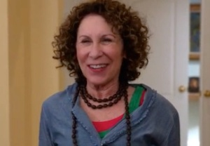 The Neighbors Rhea Perlman