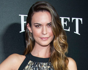 Odette Annable Astronaut Wives Club