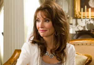 Susan Lucci Devious Maids Performance