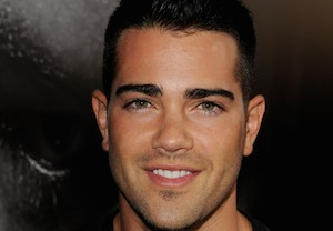 Jesse Metcalfe 2 Broke Girls