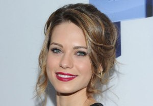 Lyndsy Fonseca in Down Dog