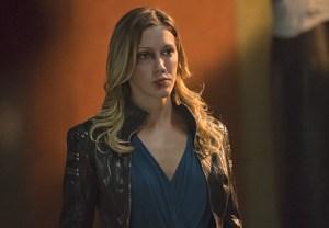 Arrow Sara Dies