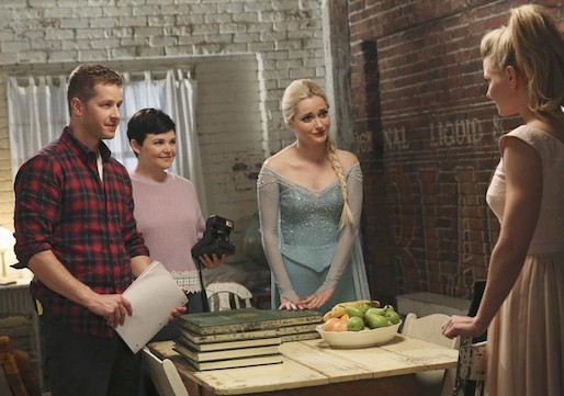 Once Upon a Time Emma Hook Date