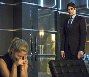 Arrow Felicity Backstory
