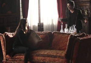 Vampire Diaries Damon Elena
