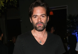 Billy Burke Zoo CBS Season 1 Cast