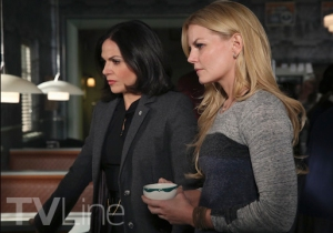 Once_Season4B_SwanQueenW