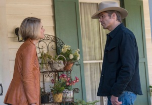 Justified Ava Shoots Boyd Takes Money