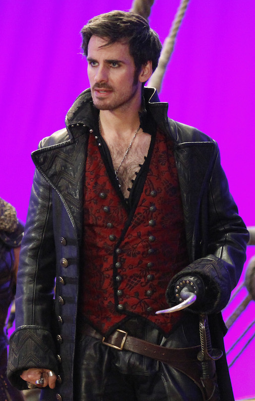 Once Upon a Time Hook Emma Spoilers