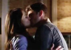 pll-spoby-kiss