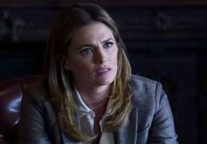 Castle Finale Beckett Senator