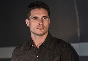 The X-Files Cast Robbie Amell