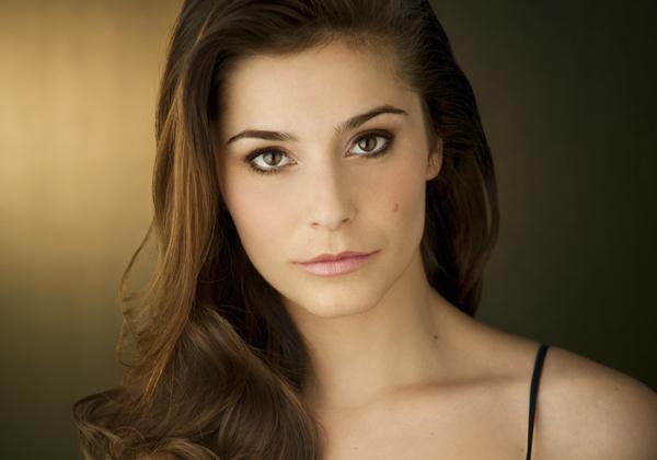 Arrow Oliver Girlfriend Elysia Rotaru Cast