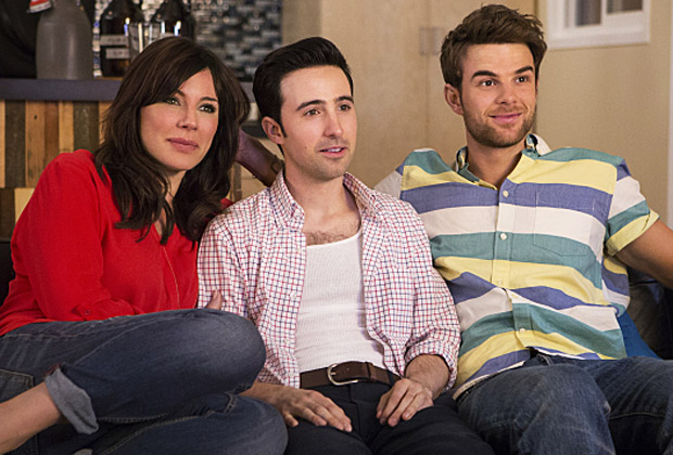 'Significant Mother' Series Premiere