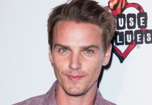 Urban Cowboy Riley Smith Cast