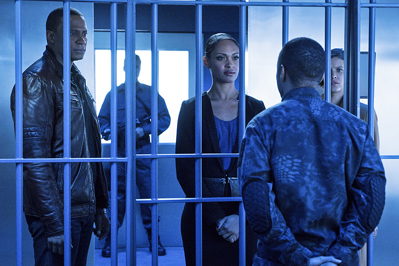 arrow-season-4-photos (17)