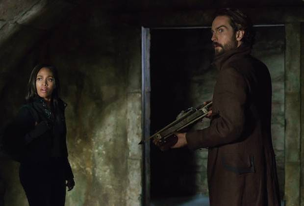 Sleepy Hollow Killer Wasps Season 3 Recap
