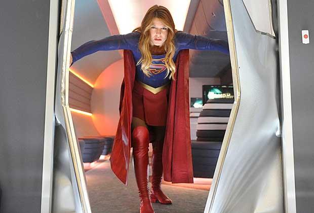 Supergirl Paris