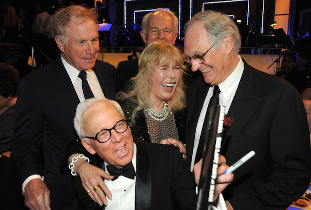 Rogers at the 2009 TV Land Awards with Mike Farrell, Loretta Swit, Alan Alda and William Christoper