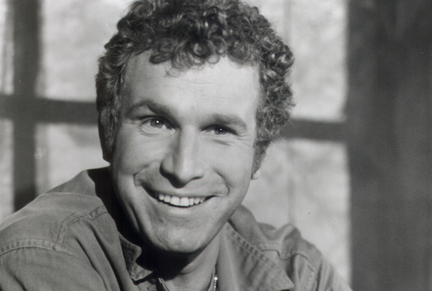 Wayne Rogers of 'M*A*S*H' Dead at Age 82 – Played Trapper John | TVLine
