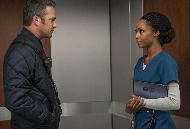 Chicago Crossover Severide/April Kiss