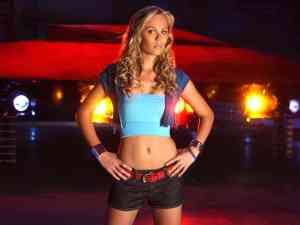 Laura Vandervoort Smallville