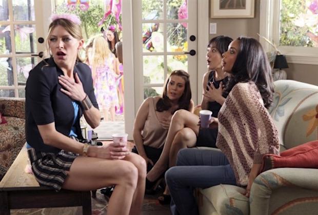 Mistresses Season 4 Alyssa Milano Not Returning Tabrett Bethell Cast Tvline