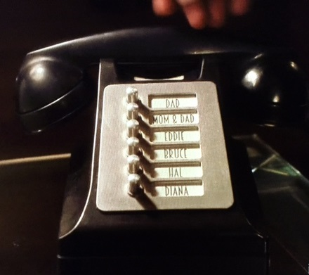 The Flash Barry's Phone on Earth-Two