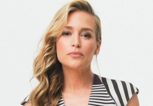 Piper Perabo in Notorious