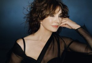 The Grinder Anne Archer Cast Season 1